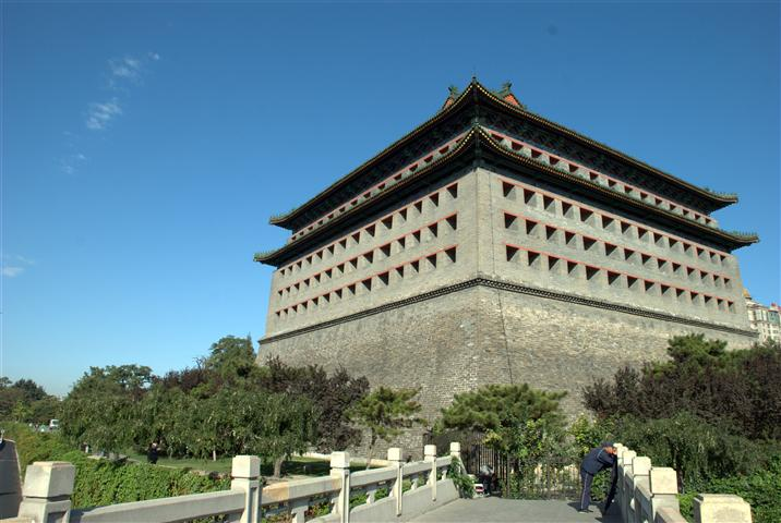 Hasil gambar untuk Fox Tower Beijing